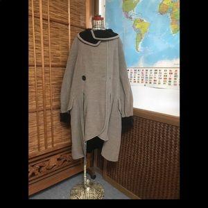 Vintage Fendi velvet wool funky coat